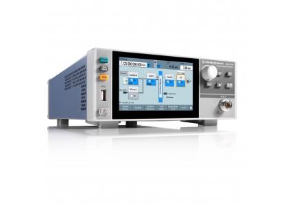 R&S SMCV100B — векторный генератор сигналов